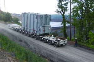 Self-Propelled Goldhofer Incline Transport